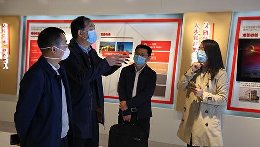 宁波市委组织部副部长、两新工委副书记朱志坚一行调研ballbet手机版党建工作